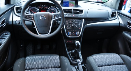 Opel Mokka interiør foran