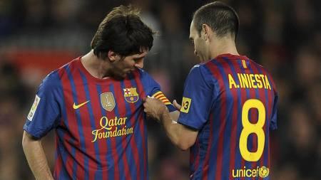 HYLLER MESSI: Andres Iniesta er mektig imponert over Lionel   Messi. (Foto: LLUIS GENE/Afp)