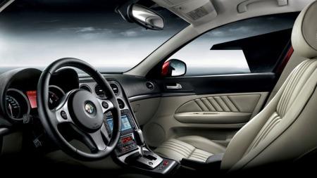 Det er Alfa Romeo som selger flest modeller på billigsalg - hele 68 prosent av deres biler ble solgt med minst 25 prosent rabatt i september.