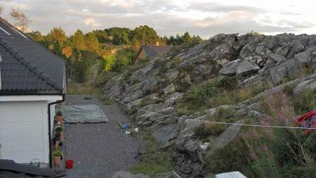 NATURSKJØNT: Slik så det ut før muren ble bygget. (Foto: PRIVAT)