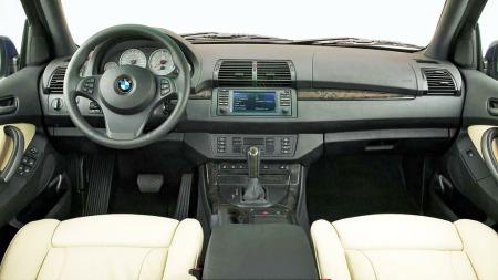Det er tysk kvalitet over interiøret til BMW X5. Det ser ryddig   og elegant ut - og kvalitetsfølelsen er på topp.
