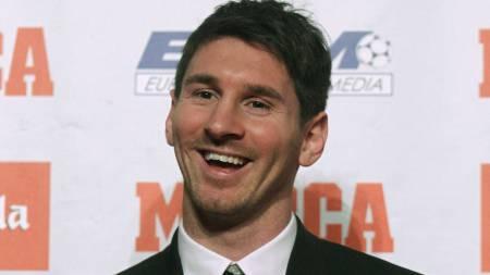 MØTTE PRESSEN: Lionel Messi møtte pressen for å snakke om Gullballen-nominasjonene. (Foto: ALBERT GEA/Reuters)