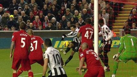 VAKKERT: Yohan Cabaye ga Newcastle ledelsen mot Liverpool