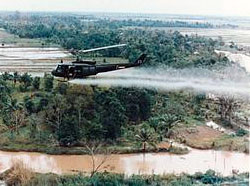Et helikopter sprayer