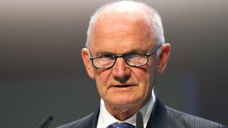 Volkswagens mektige konsernsjef Ferdinand Piech er 75 år, men   har ingen planer om å gi seg ennå. (Foto: Scanpix)