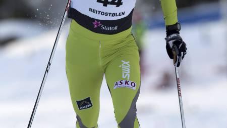 NUMMER TO: Marit Bjørgen klarte ikke å holde tempoet til Therese Johaug på søndagens 10 kilometer klassisk. (Foto: Bendiksby, Terje/NTB scanpix)