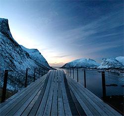 Blåtimen på Senja - snart mørketid her nord. (Foto: Sissel Lanset)
