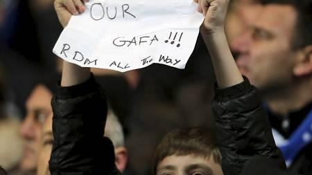 Misfornøyd Chelsea-supporter på Stamford Bridge. (Foto: Nick Potts/Pa Photos)