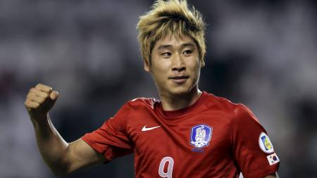 HAR IMPONERT: Lee Keun-ho har imponert både for Sør-Korea og for Ulsan Hyundai. (Foto: Osama Faisal/Ap)