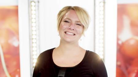 GLAD OG FORNØYD: I løpet av ti uker satte butikksjef Linda Jarål i gang med et velregissert trenings- og kostholdsopplegg. Hun nektet også sine kolleger i kassa å selge henne sukkervarer. Det ga umiddelbart resultater: Lavere fettprosent, mer muskler, bedre kondis. (Foto: Solum, Stian Lysberg/NTB scanpix)