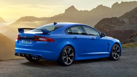 Jaguar har fått mye skryt for det moderne og elegante utseendet på XF-modellen, og sportsversjonene gjør ikke skam på utgangspunktet.