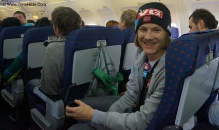 I godt humør tross flyproblemene. (Foto: tom-hilde.com)
