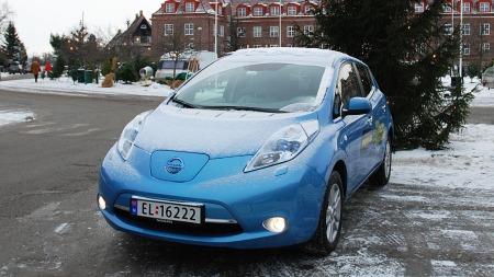 2012 er året da elbilsalget i Norge virkelig har begynt å ta av. Neste år kommer Tesla Model S - enn så lenge er Leaf suveren bestselger i klassen.