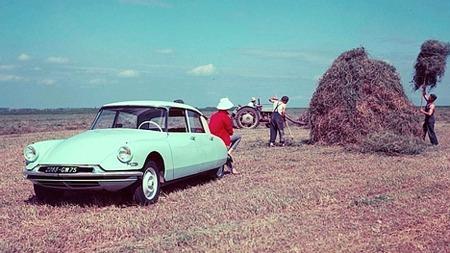 Futurisk utseende og innovativ teknologi til tross - eller kanskje nettopp derfor, så ble denne bilen en braksuksess.