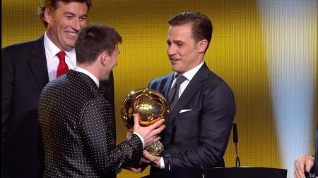 Lionel Messi fikk Gullballen for fjerde gang på rad. (Foto: TV 2)
