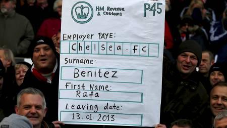 IKKE VUNNET OVER FANSEN ENDA: Rafael Benitez har fremdeles ikke den høyeste stjernen blant Chelsea-fansen. (Foto: DARREN STAPLES/Reuters)