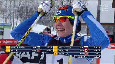Mona-Lisa Malvalehto vant sprinten i Liberec foran Kowalczyk og Falla. (Foto: TV 2)
