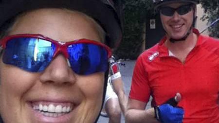 TRENINGSGLADE: Sportytrener Anne Marte H. Sneve og Meny-direktør Vegard Kjuus er klare for ny treningsøkt. (Foto: Privat/)