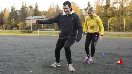 PÅ TRENING: Martin Thorkildsen endret livsstil på ti uker. Her trener han sammen med treningsekspert Anne Marte Sneve. (Foto: Ivar Kvaal/)