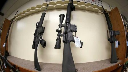 Salget av angrepsvåpen har de siste dagene skutt fart i USA.