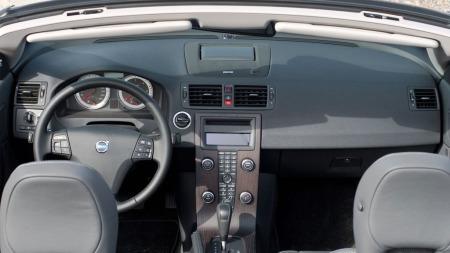 Tradisjonelt Volvo-interiør i C70, man tillot seg ikke noen ekstra sprell selv om det skulle lages cabriolet.