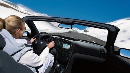 Saab var gode på å produsere biler for godt vær, og biler med god utsikt. Men også vindusviskerens lille ekstranummer etter hver spyling sørget for at utsikten ble bedre enn hos mange andre biler.