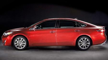 USA er et svært viktig for Toyota-konsernet, og der gikk det virkelig bra i fjor. Dette er for øvrig storbilen Avalon.