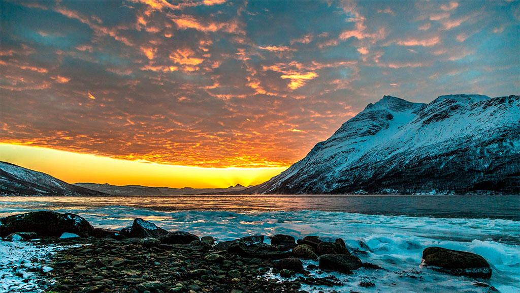 Solen er i ferd med å vende tilbake i Nord-Norge. (Foto: Thomas Rognli)