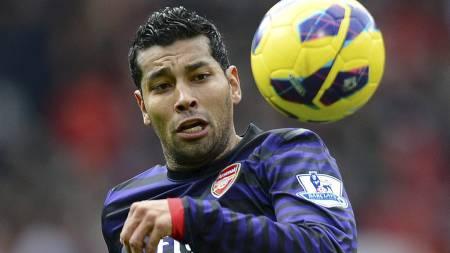 Andre Santos - Arsenal (Foto: ANDREW YATES/Afp)
