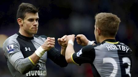 Bale og Holtby (Foto: DARREN STAPLES/Reuters)