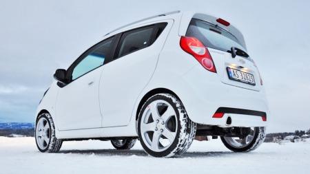 Spark er en sjarmerende småbil til svært gunstig pris. Norges billigste - til Mitsubishi Space Star ruller inn.