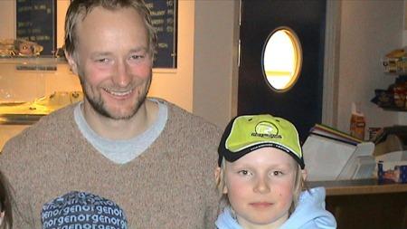 FØRSTE MØTE: En purung Henrik Kristoffersen møter Kjetil André Aamodt for første gang.