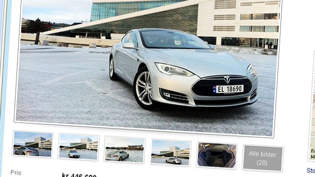 Elbilrevolusjonen, Tesla S, parkert foran Operaen i Oslo. bilen er på plass - men det er ikke så lett å få kontakt med selgerne ...