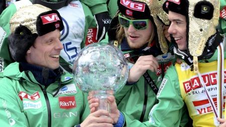 UMIDDELBAR SUKSESS: Alexander Stöckl kunne smile da Anders Bardal tok seieren i verdenscupen i 2012. (Foto: Lovric, Primoz, ©PL / LOCH)