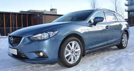 Mazda 6 stv. detalj skrått forfra
