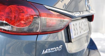 Mazda 6 stv. detalj logo