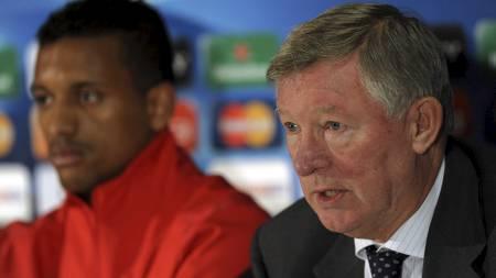 NEKTER Å SELGE: Sir Alex Ferguson vil forlenge kontrakten med Nani. (Foto: PAUL ELLIS/Afp)