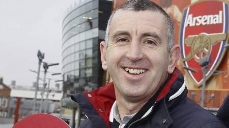 STØTTER WENGER:  Nigel Winterburn mener at Arsene Wenger fremdeles er rett mann for Arsenal. (Foto: Kirsty Wigglesworth/Ap)