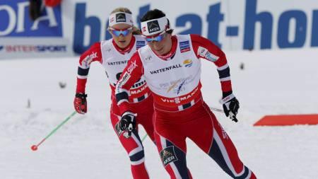 Ski-VM i Val di Fiemme. Marit Bjørgen fulgt av Martine Ek Hagen. Damer langrenn 10 kilometer friteknikk i Val di Fiemme, Italia tirsdag. (Foto: Åserud, Lise/NTB scanpix)