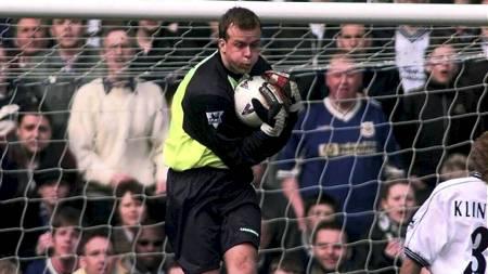 Thomas Myhre for Everton mot Tottenham i 1998. (Foto: Rakke, Morten/NTB scanpix)