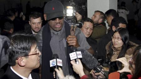 POPULÆR: Dennis Rodman er stor stjerne, også i Nord-Korea. (Foto: Kim Kwang Hyon/Ap)