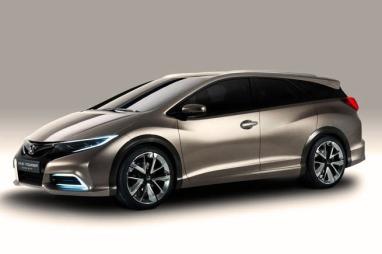 Nye Honda Civic Tourer, en bil med mye design, men også med en ny og viktig motor.