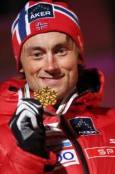 ENDELIG: Petter Northug jr. tok gull på «marerittøvelsen» 15   kilometer intervallstart i VM. (Foto: Åserud, Lise, ©LIA)