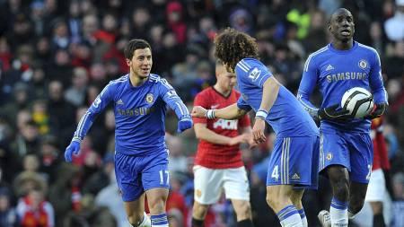 NYTT HÅP: Eden Hazard reduserte for Chelsea mot Manchester United (Foto: Martin Rickett/Pa Photos)