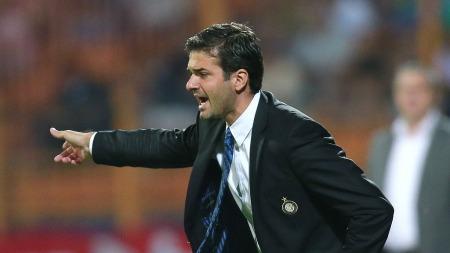 Inter-trener Andrea Stramaccioni har svært mange mann ute i kveldens cupkamp mot Roma  (Foto: Vadim Ghirda, ©VG AMB**LON**)
