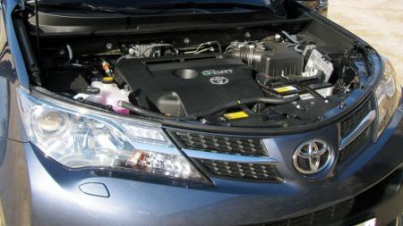 Toyota-RAV4-Motor (Foto: Benny Christensen)