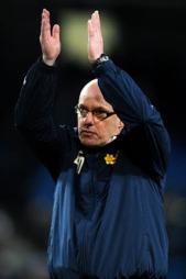 FERDIG: Brian McDermott fikk spraken i Reading mandag. (Foto: Martin Rickett)