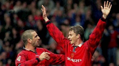 SELVSKREVEN: Ole Gunnar Solskjær tok med Eric Cantona på sitt   United-drømmelag. (Foto: JOHN GILES/AP)