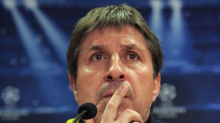 PRESS: Barcelonas assistenttrener Jordi Roura har ansvar for laget under returoppgjøret mot Milan. Hovedtrener Tito Vilanova er kreftsyk og får cellegiftbehandling. (Foto: Scanpix)