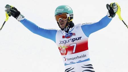 NEUREUTHER VANT: Felix Neureuther sikret seg seieren i Lenzerheide. (Foto: DENIS BALIBOUSE/Reuters)